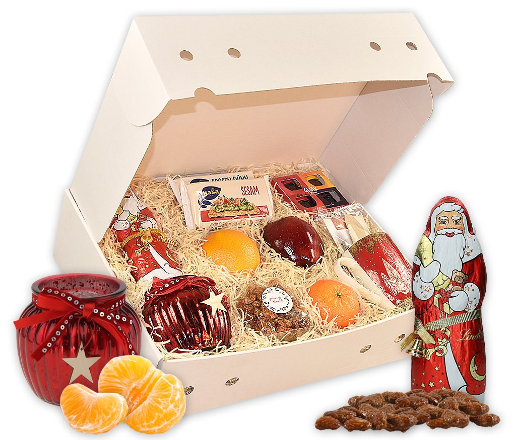 Obstbox Weihnachtsfrühstück mit Schokolöffel, Milch, Tassen, Schokoweihnachtsmann, Windlicht und frischem Obst