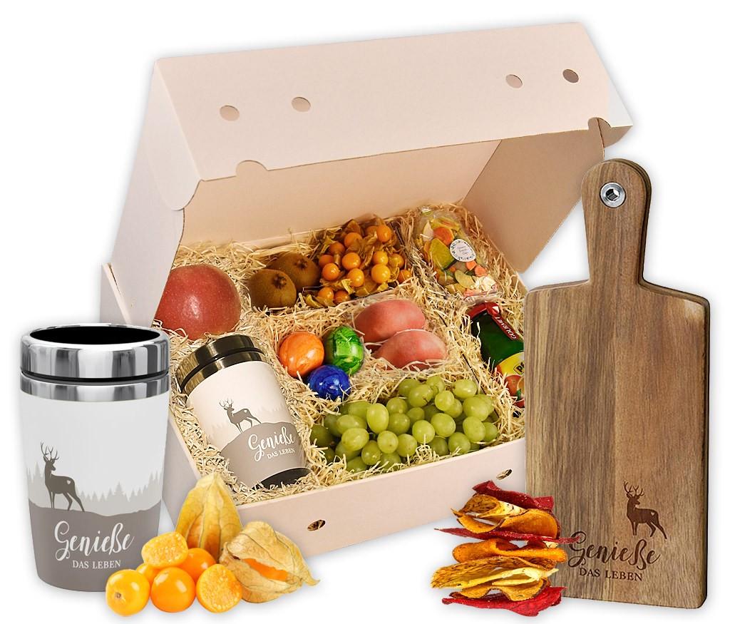 Obstbox Genieße das Leben mit frischen Früchten, Gemüse-Chips, Orangensaft, bunten Eiern, Thermosflasche, Holzbrettchen und Schokolade