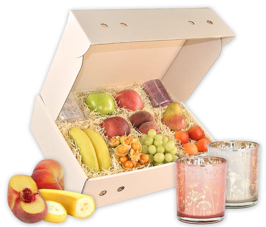 Geschenkbox Sommerlicht mit LED Glasflasche für romantische Stimmung, belgischen Pralinen und frischem Obst