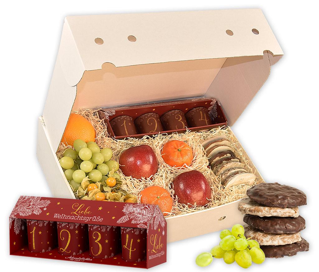 Obstbox Adventslichter mit vier Windlichtern für jeden Adventssonntag, Lebkuchen und frischem Obst