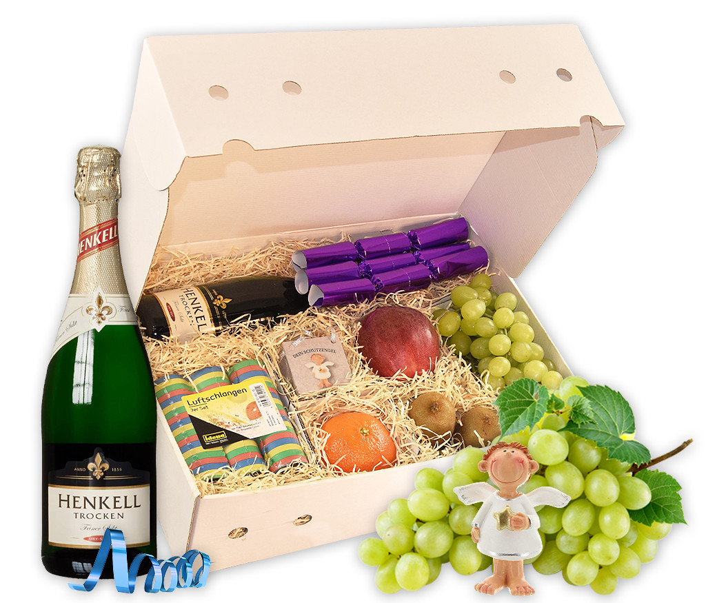 Geschenkbox für Silvester mit Sekt, Luftschlangen, Knallbonbon, Schutzengel und frischem Obst