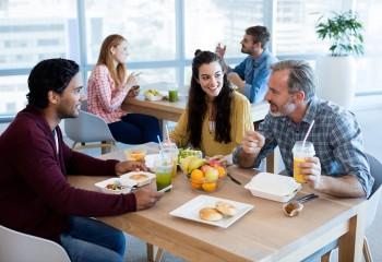 Gesundes Essen im Büroalltag