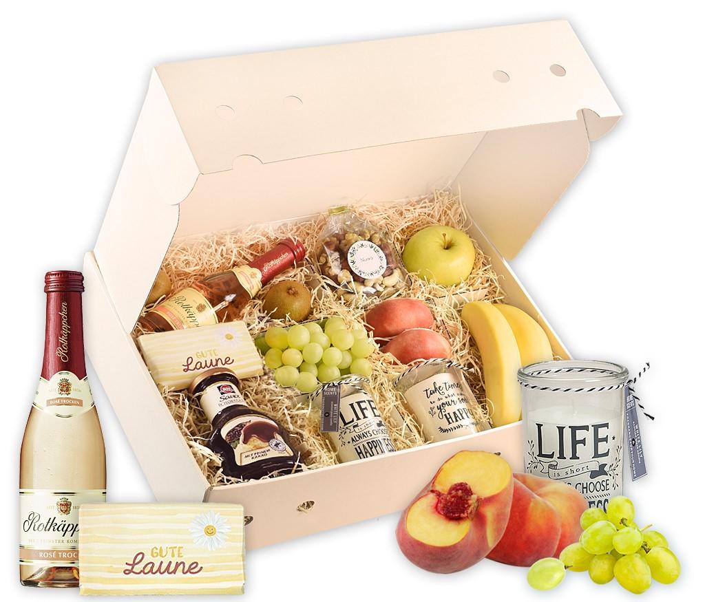 Obstbox Be Happy mit Schokolade, Sekt, Nüssen, Kerzen und frischem Obst
