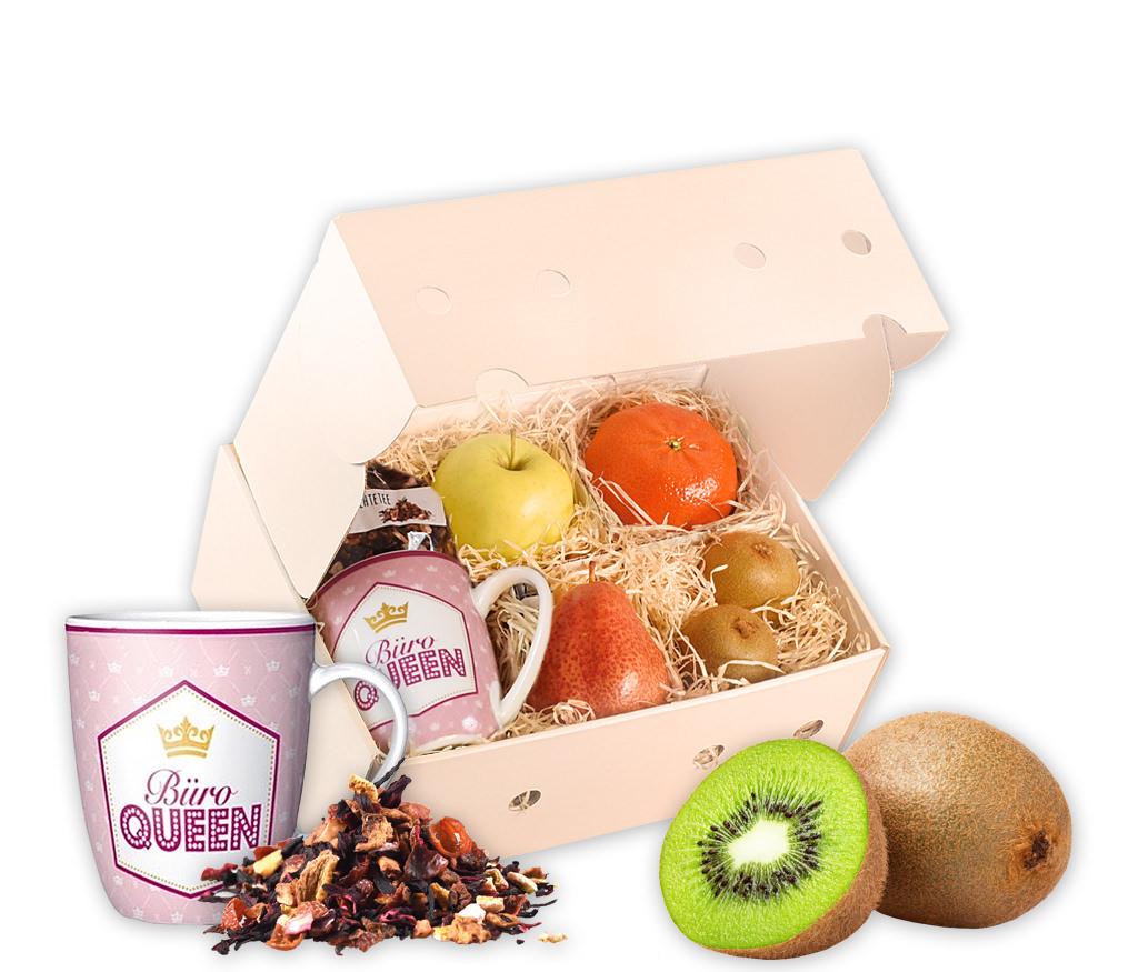 Obstbox Büro-Queen mit frischem Obst, einer Tasse, Schokolade und aromatischem Rooibostee in einer Geschenkbox
