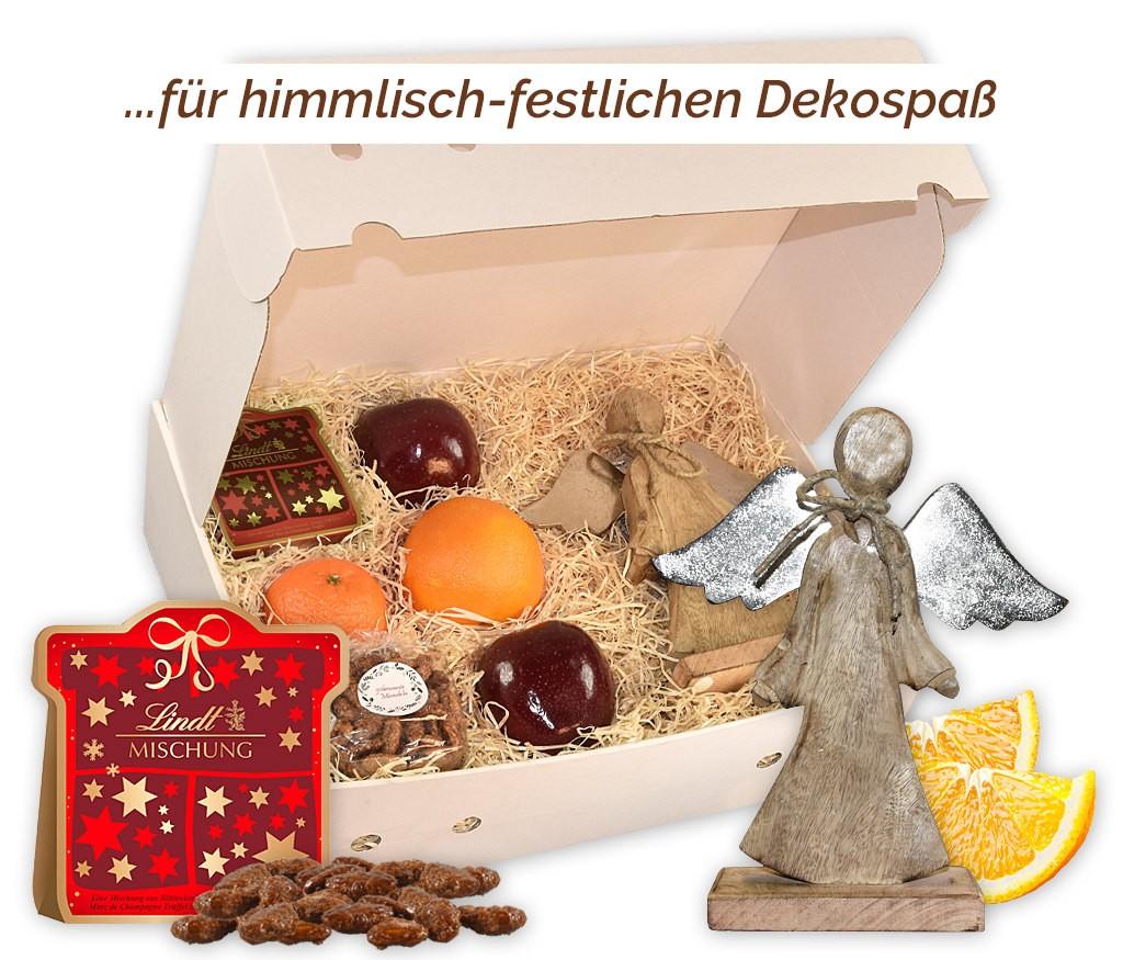 Obstbox Weihnachtsengel mit gebrannten Mandeln, Nusskernen einem Engel aus Mangoholz mit Metallflügeln und frischem Obst