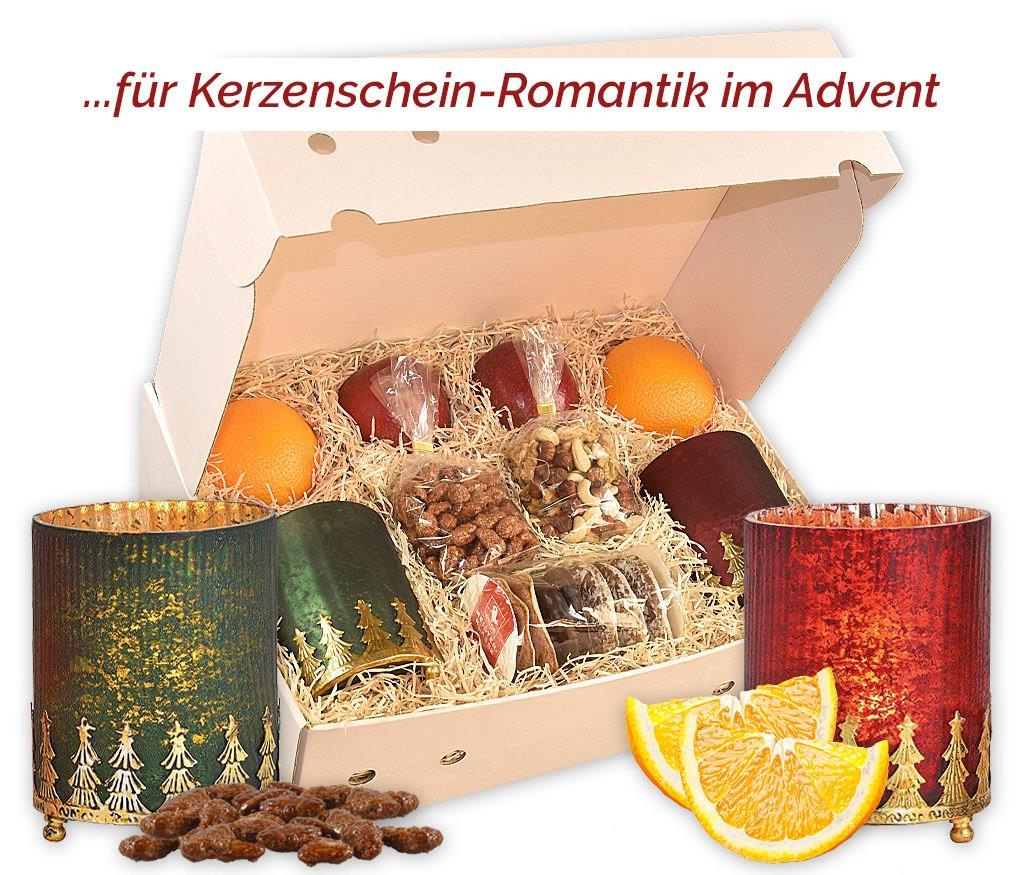 Obstbox Großes Weihnachtslicht mit zwei schönen Windlichtern, gebrannten Mandeln, Nusskernen, Lebkuchen und frischem Obst
