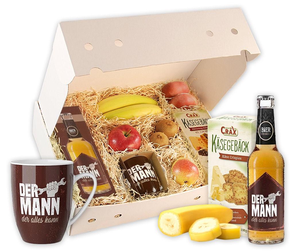 Geschenkbox für Männer: DER MANN der alles kann mit Obst, Brezeln, Nussmix, Bier, Emaillibecher und Flaschenöffner