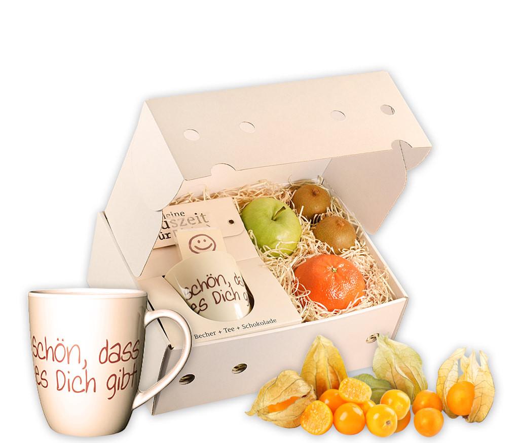 Obstbox  Für Dich mit frischem Obst, einer Spruch-Tasse, Schokolade und aromatischem Früchtetee in einer Geschenkbox