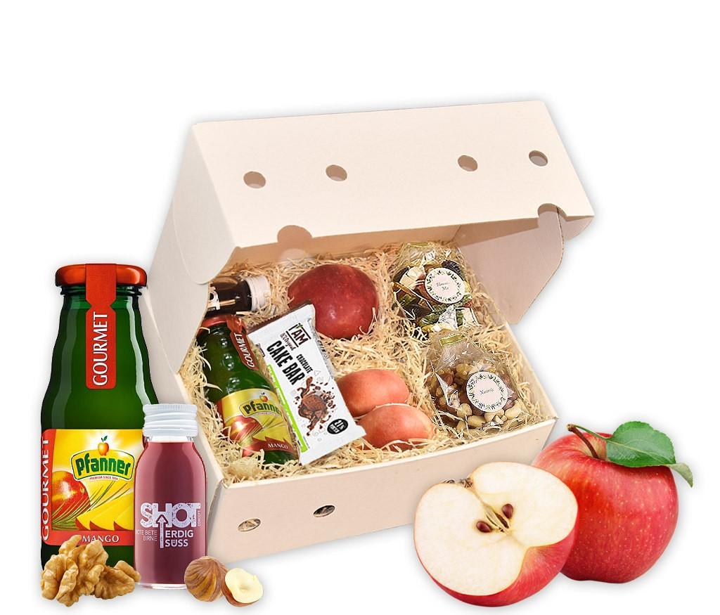 Webinar-Snack-Saft-Box mit frischem Obst, Maracujasaft, Superfood-Shot, Protein-Riegel, Nusskernen und getrockneten Früchten, Müsli oder Saft